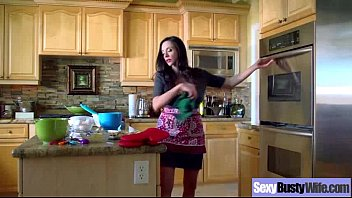 Mature Housewife (ariella ferrera) With Big Juggs Love Intercorse mov-05