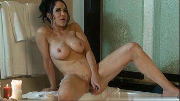 Nadya Suleman (Octomom) masturbation scene