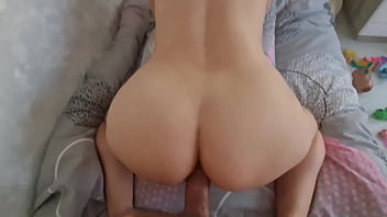 The boyfriend saw his naked girl in the room and decided to fuck her in the ass