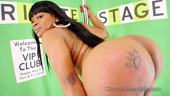 Big Booty Diamond Monroe Stripping and Twerking