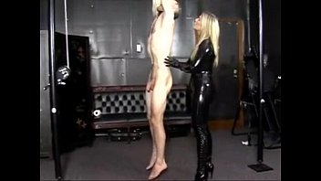 Leather thumbs porn Extreme elektra in latex free porn sex porno at tnaflix
