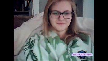 [moistcam.com] Amateur teen works her shaven hole! [free xxx cam]