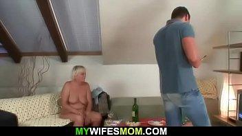 Boozed blondemotherin law seduces him