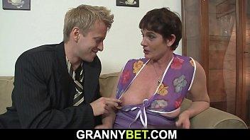 Old women pussy hair - Old grandma rides big dick