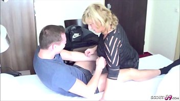 GERMAN YOUNG BOY SEDUCE MILF TO GET HIS FIRST FUCK