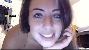chica de ojos azules hermosa - CHATURBATE