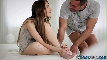Kinky foot babe tugs cum