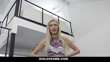 Sislovesme - Perky Stepsis (Alexa Grace) Loves Games