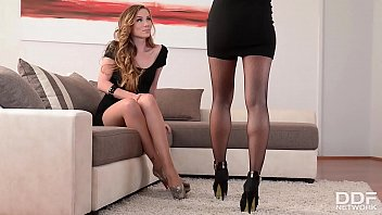 Watch leggy lesbians Alexa Tomas &amp_ Capri Anderson ride strap-on sex toy