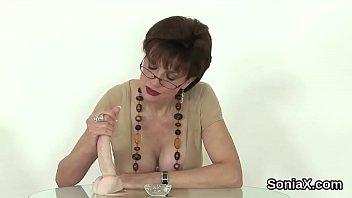 Cheating uk mature lady sonia exposes her huge titties