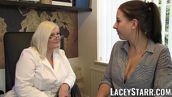 Lesbian doctor patient Laceystarr - doctor gilf heals patient with lesbian orgasm