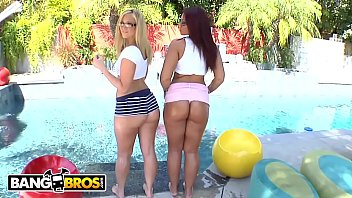 BANGBROS - California Quake With Kaylee Kisses & Briella Bounce