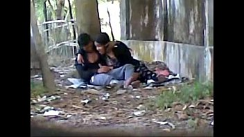 Public sex park - Desi cute indian lover sucking big cock in public park