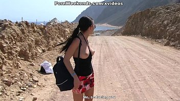 Egypt escorted vacations - Crazy couple sex on deserted road