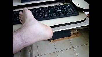 keyboard mouse foot fetish