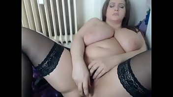 scrumptious fingering herself on live webcam
