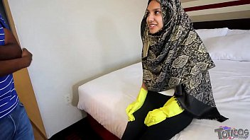 """Hijab Room Service"" فتاة مراهقة عربية Shy 18yo Arab Teen Maid Brings Extra Pillows And Gets Stuffed With Big Black Cock  Hardcore Taboo Arab Teen Interracial Fucking On Theshimmyshow Episode 51 TRAILER Ft Jasmine Angel"