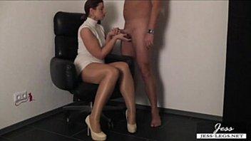 Pantyhose Milking Free Amateur Porn Video e3-Pantyhose4u.net