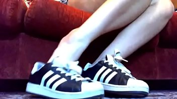 Collection of special videos for sweaty shoes and socks