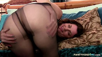 Pantyhose Pulled Up To Pussy Lips