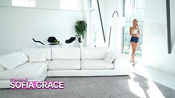 GIRLSRIMMING - Oversea Romance With Sophia Grace Rimjob and Anal