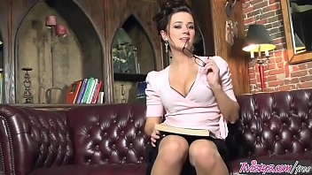 Secretary solo porn galleries Taylor vixen - my kind of secretary - twistys