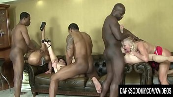 Mature cums four times - Hot anal orgy with four mature sluts and four bbcs