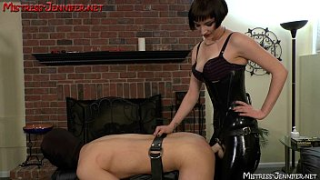 Mistress Vera makes slave twist to Femdom cruelty