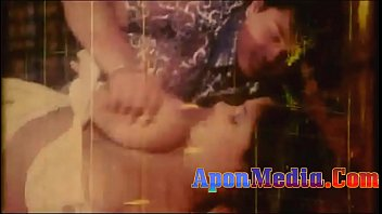 Download sexy lady song mp3 from race Bangla nude video with song কত বড় দধ