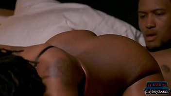 Outgoing Black Amateur Couple Look For A Threesome Partner