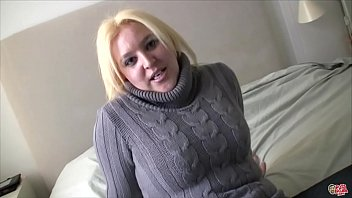 The chubby neighbor shows me her huge tits and her big ass