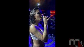13405 Mesmo gravida fui no show da Mc Mirella na Enigma Club e fodi com desconhecidos. preview