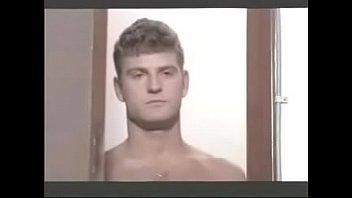 Gay babes - Cena gay do filme onda nova de 1983 brazil