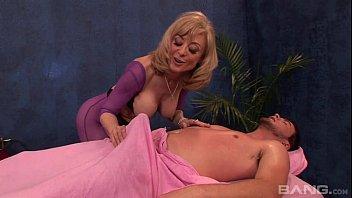 Horny Mature Woman Nina Hartley Fucked
