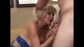 Hot mature squirting cougar sinsation porn