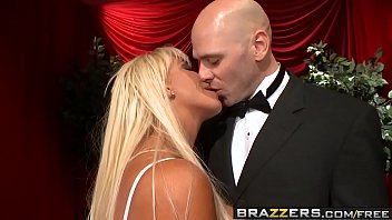Jr teen nudist pageant pics - Brazzers - milfs like it big - fun at the opera scene starring jr carrington and johnny sins