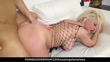 CASTING ALLA ITALIANA - Audition anal drilling with horny Italian