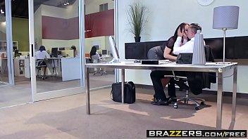 Brazzers - Brazzers Exxtra - Aidra Fox Janice Griffith Lana Rhoades Riley Reid and Keiran Lee -  Off
