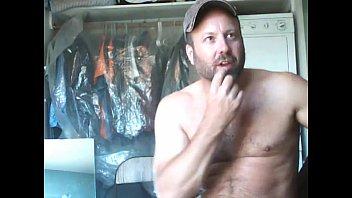 hot bear worker on live cam show - sexyladcams.com