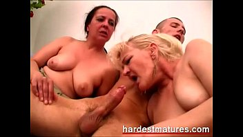Videos mature granny - Mature threesome video