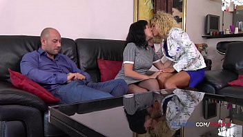 Threesome anal sex with French hot girls