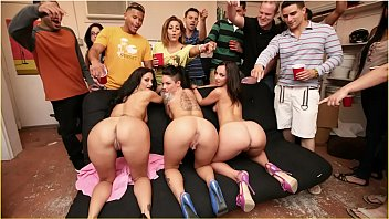 BANGBROS - Jada Stevens, Ava Addams, & Christy Mack Demolish College Dorm