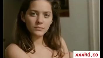 Marion Cotillard - Comment je me suis Disputé  (FR1996) - xxxhd.co