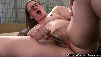 Lisa bbw - Church lady andrea is a faithful masturbator