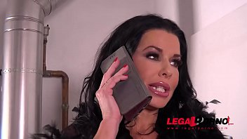 Luxury Sex addict Veronica Avluv gets a Double anal Gangbang for Dinner FS036 thumbnail
