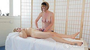 Yanks Miss Trish And Starlette's Sensual Sexy Playtime pornhub video