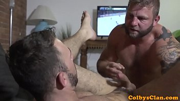 Straight muscle bear pounds ass balls deep Thumb