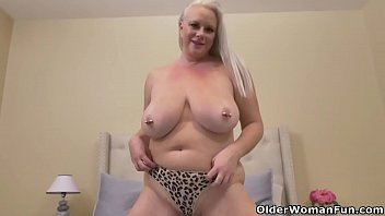 Chubby women videos Big boobed milf cameron skye takes matters into her own hands