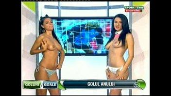 Goluri si Goale ep 13 Gina si Roxy (Romania naked news) thumbnail