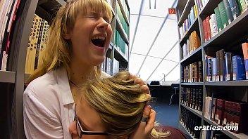 Bücherwürmer in der Erotikabteilung